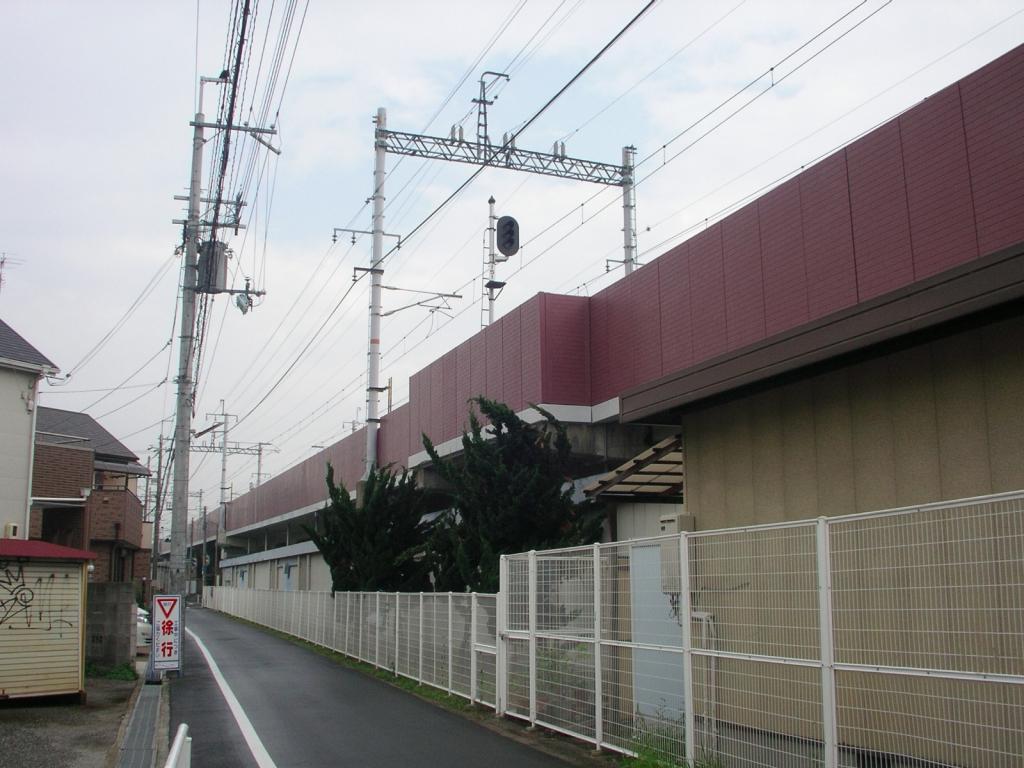 某私鉄 高架橋高欄パネル取り替え