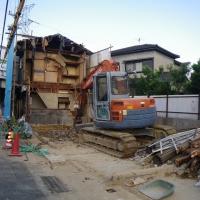 宝塚市米谷 某不動産会社元請 木造二階建住宅解体