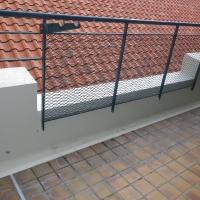 某民間ビル ベランダ排水溝防水塗装