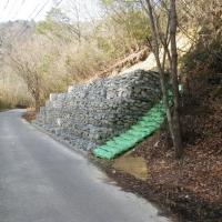 宝塚市 市道2050号災害防除工事 ふとん籠積み