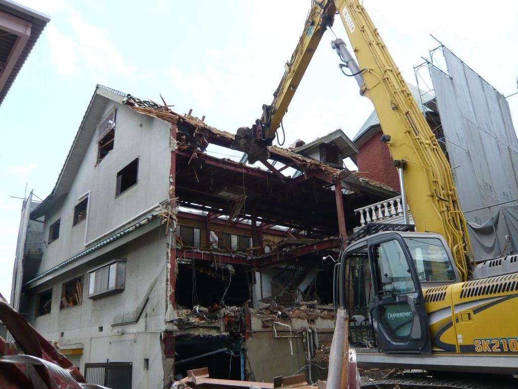 宝塚市山本東 某建設会社下請 倉庫兼住宅解体