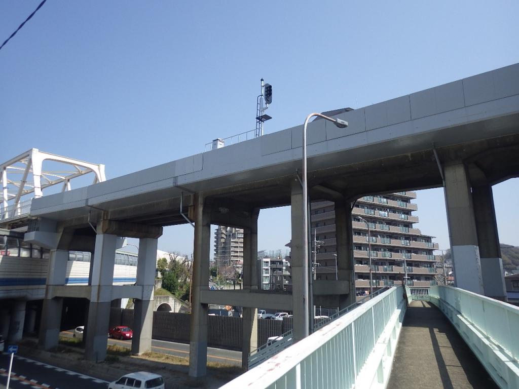 某私鉄 高架橋断面補修・表面保護(タフガードガラスクロス)